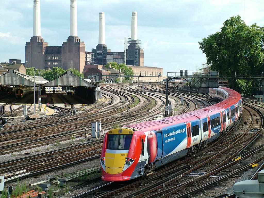 Gatwick Express at Battersea
