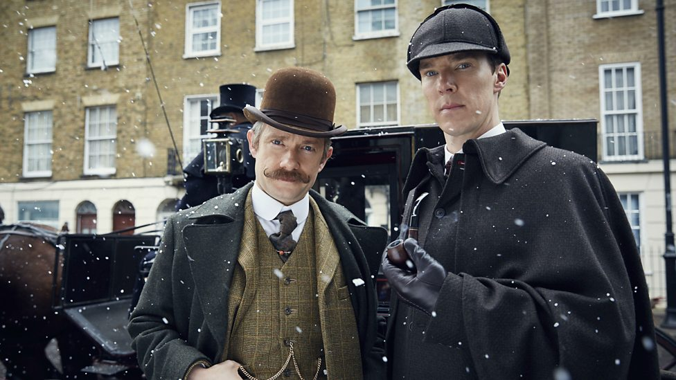 Watson (Freeman) and Holmes (Cumberbatch)