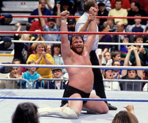 Hacksaw Jim Duggan wins the first Royal Rumble