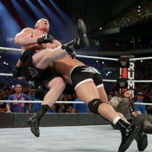 Goldberg spears Lesnar