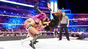 Triple powerbomb to Nia Jax