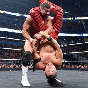 Bobby Roode fights out of an armbar from Shinsuke Nakamura