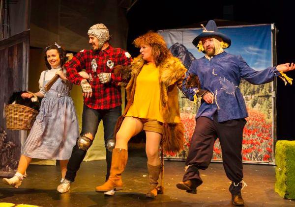Oddsocks Wizard of Oz cast