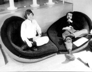 A Clockwork Orange - Malcolm McDowell and Stanley Kubrick on set