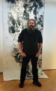 Flexagon and black rock reef art