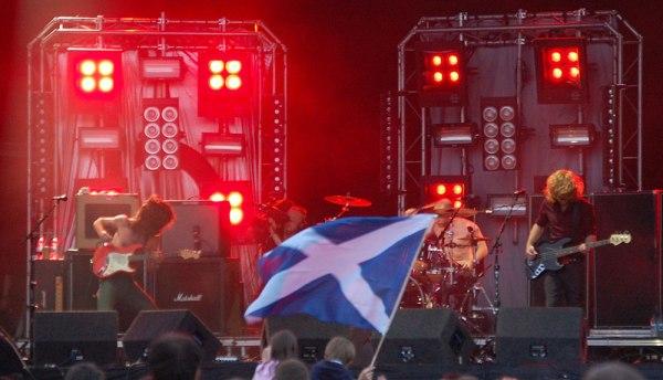 Biffy Clyro - Guernsey Live - 03/05/08